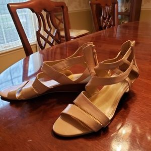 Nine West natural leather wedge sandals